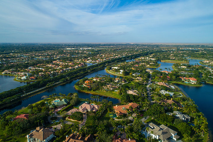 Lawn Care And Landscaping Service Weston FL